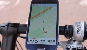 You can strap your phone to your bike to view RiderState