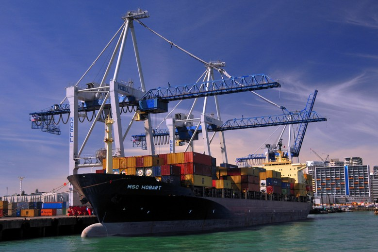 Boat shipping container Docker Lee Gilbert Flickr