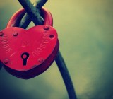 heart-shaped-lock-wallpapers_36025_1680x1050