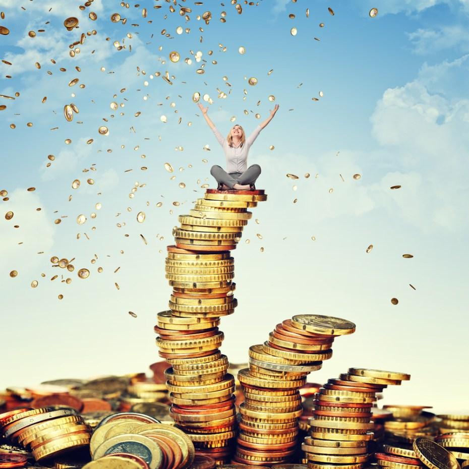 Gold coins cloud gualtiero boffi Shutterstock