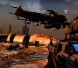A dropship drops some Fallen during a public event in Destiny.