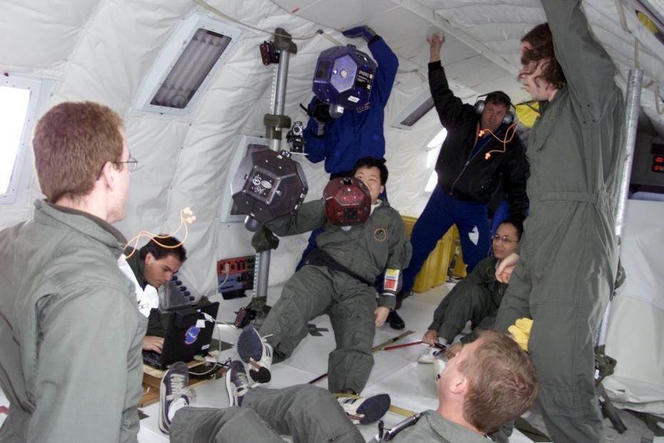 NASA smart SPHERES robots
