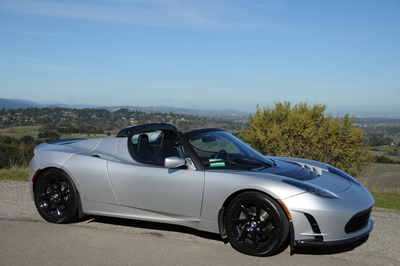 The Tesla Roadster Sport out in the sunny California countryside on January 19th, 2011. Photo by Joe Nuxoll.