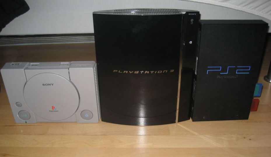Playing discs from the PS1 and PS2 on your PS4 ... isn't really a crazy thought.