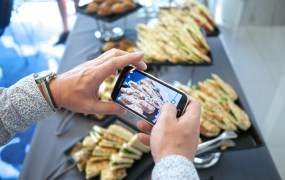 Food smartphone Karlis Dambrans Flickr
