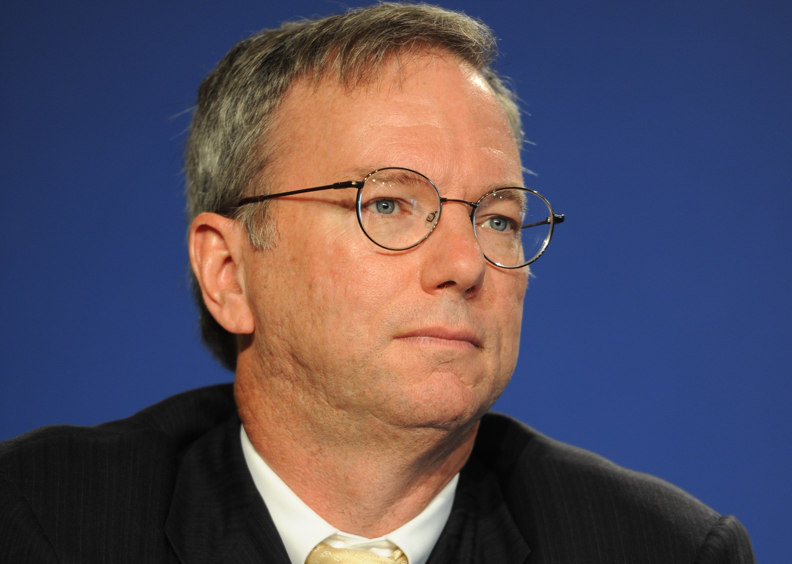 Eric_Schmidt_at_the_37th_G8_Summit_in_Deauville_037