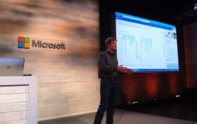 Mike Olson, chief strategy officer of Cloudera, speaks at a Microsoft cloud press conference in San Francisco on Oct. 20.