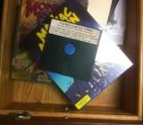 A floppy-disc mockup of Thimbleweed Park.