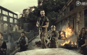 Chris Evans with his platoon of Call of Duty: Online players.