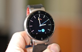 Alcatel-OneTouch-Watch-hero