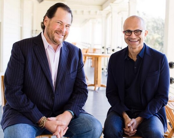 A 2014 photo of Benioff and Nadella from Benioff's Twitter feed.