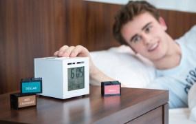 SensorWake alarm clock wakes you via pleasant smells.
