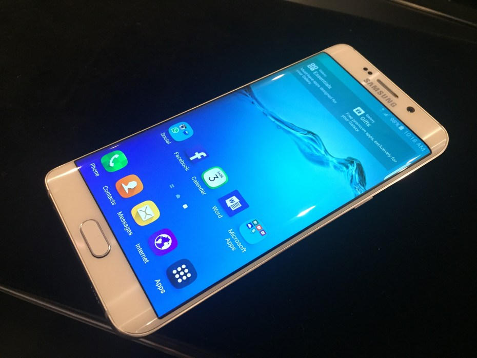 Samsung unveils the supersized Galaxy S6 Edge Plus with 5 ...