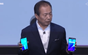Samsung CEO J.K. Shin holding the new Samsung Galaxy Note 5 and Galaxy S6 Edge Plus at a press event in New York Thursday.