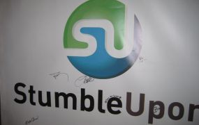 StumbleUpon sign Andrew Mager Flickr