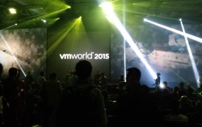 VMware prepares for the first keynote at the 2015 VMworld conference in San Francisco on Aug. 31.