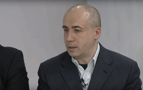 Yuri Milner during a panel discussion in 2011.