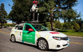 Google Street View car equipped with Aclima's air pollution sensing platform