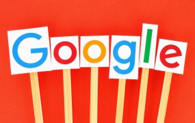 Google Logo Mockup