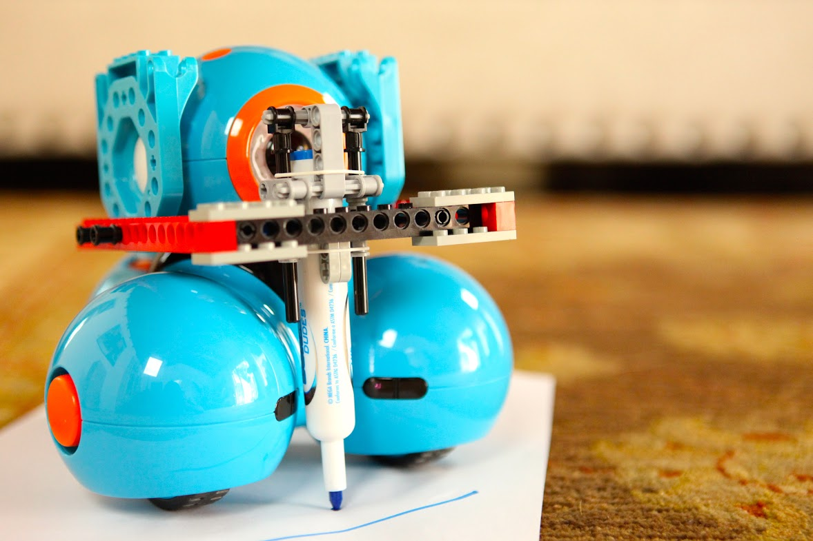 Dash and Dot are compatible with construction toys like Lego.