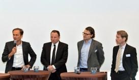 Podiumsdiskussion: Henrich Blase (Check24), Matthias Maslaton (Arag), Felix Schollmeier (Finanzchef24) und Jürgen Rohr (Guidewire)