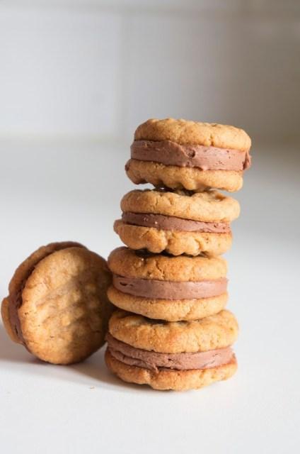 biscuits au beurre de cacahuète 3 ingrédients et chocolat au lait