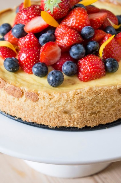 cheesecake cuit fruits rouges frais