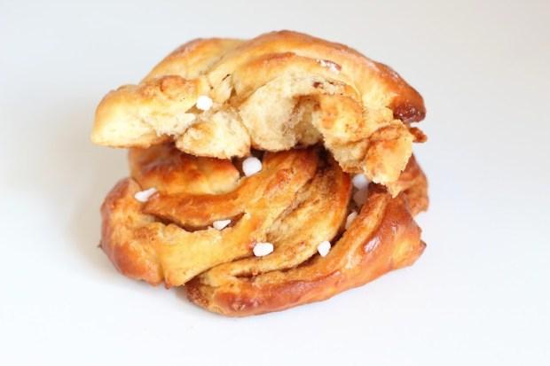 Petits pains briochés à la cannelle