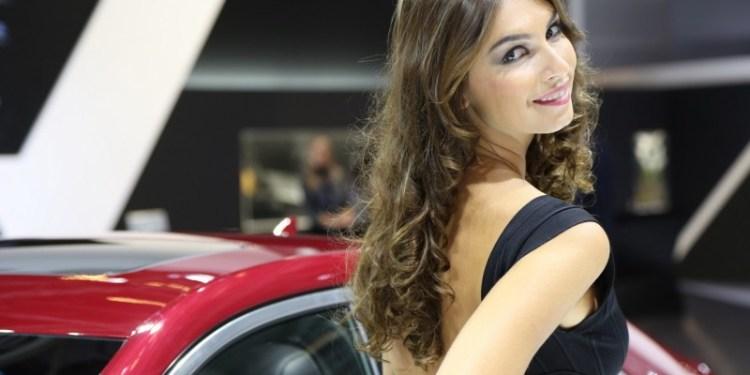 Salon de l'automobile Hotesses