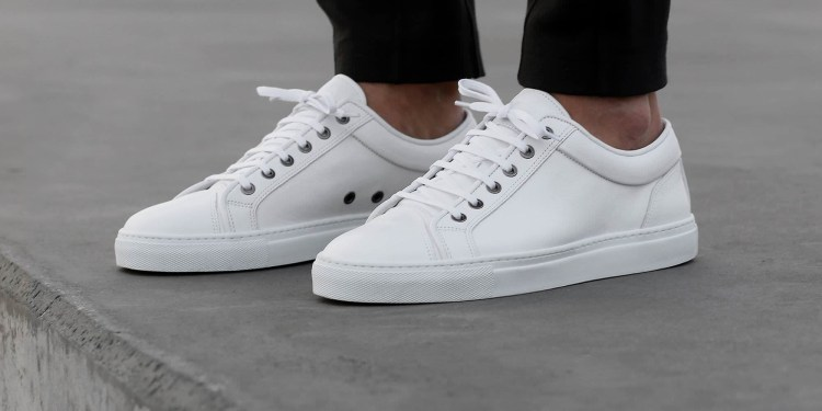ETQ-Amsterdam-SS15-Collection-Lookbook-All-White-low-top