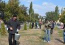 Шахтеры ДТЭК Павлоградуголь навели чистоту в своих городах и собрали вещи для переселенцев