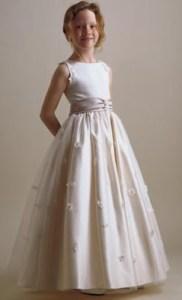 Vestidos de primera comunión para gorditas (15)