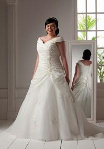 Hermosos vestidos para novias gorditas (7)