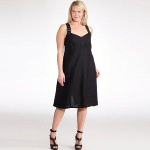 12 Vestidos de fiesta negros para mujeres gorditas (8)