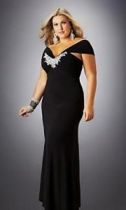 11 Bellos vestidos de fiesta para mujeres con panza (10)