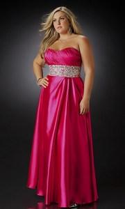 10 Hermosos vestidos de gala para gorditas bajitas (7)