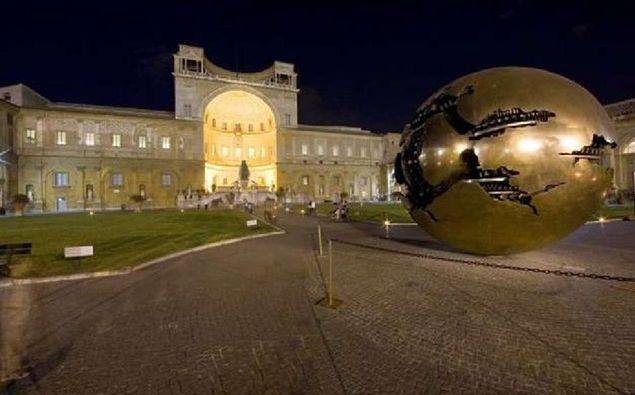 Visitar a Capela Sistina e os Museus Vaticanos à noite