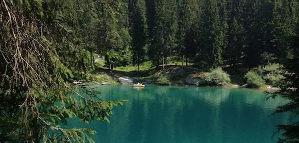 Lago Caumasee (Suíça): um passeio inesquecível de verão