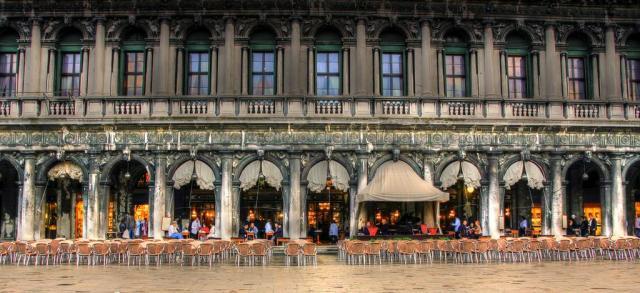 Veneza_Caffe Florian_Viajando bem e barato pela Europa