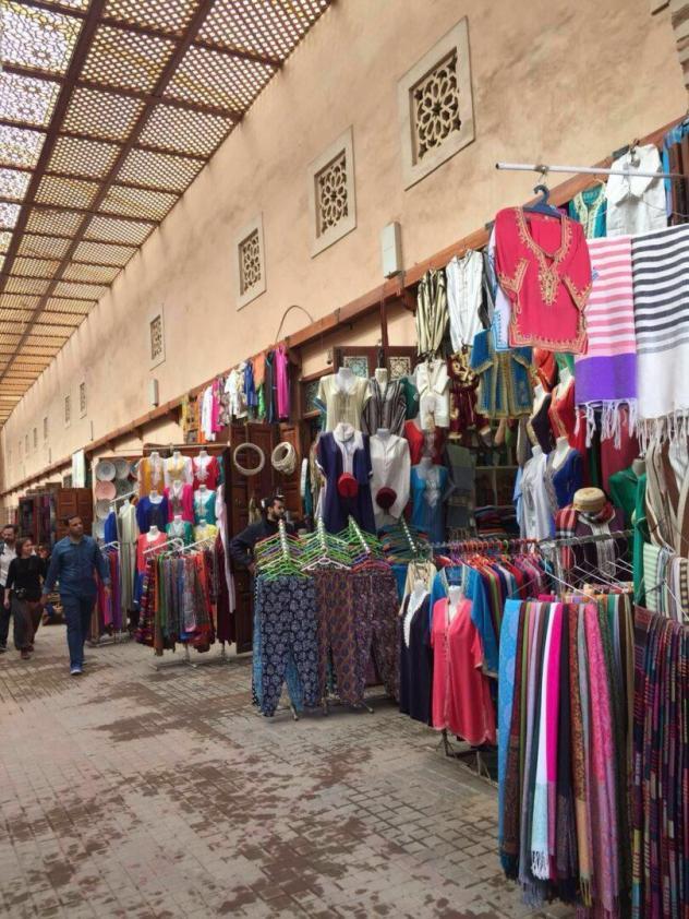 Dicas de viagem para o Marrocos_mercado_Viajando bem e barato