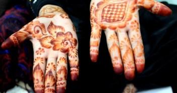 Manos henna abayliss