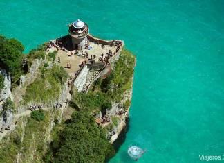 Vista general del Faro del Caballo de Santoña
