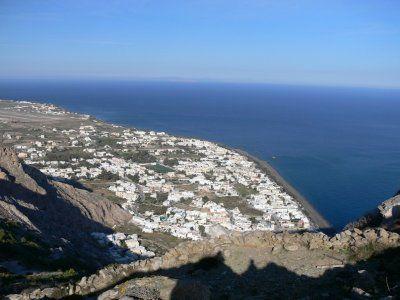 Viajar a Thira, la capital de Santorini
