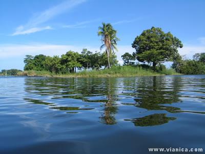 Fishing Boat Wallpaper Hd Photo Gallery Lake Nicaragua Vianica Com