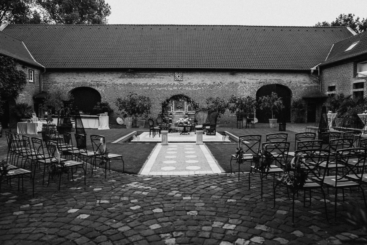 Kerpen Hochzeit Castle Wedding Germany Vicky Baumann