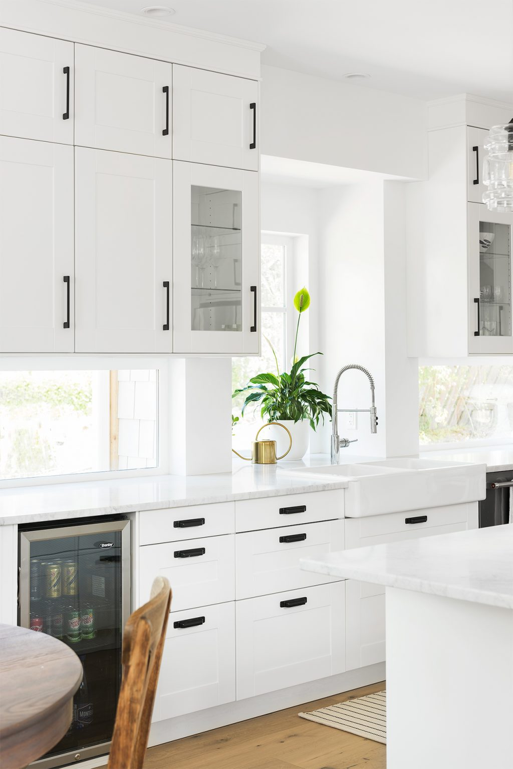 Ikea Kitchen Shines In Lakeside Dwelling Modern Home Magazine
