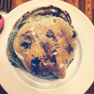We has blueberry #PancakeSunday and all was right in the world