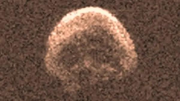 ظهر شبيها بجمجمة حين اكتشفوه في 10 أكتوبر الماضي
