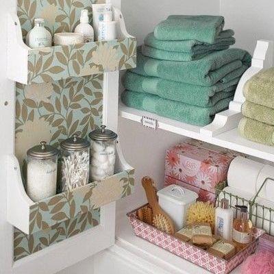 Destralhe os armários do banheiro