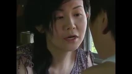 淫乱の妹の寝取り無料jukujyo動画。妹の旦那を色気で誘惑する欲求不満な熟女妻!
